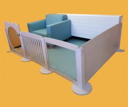 2KICK Grondbox Panelen met Spijlen Spiegel Plexiglas en deur Mat Eazy voedingsfauteuil Artikel